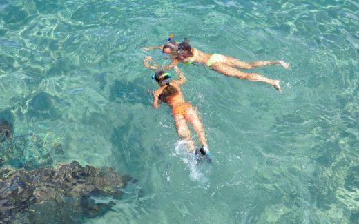 Få fantastiske oplevelser under vandet med et snorkelsæt